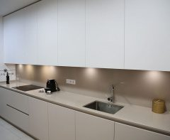 Diseño de cocinas en Diseños de cocinas modernas Madrid. ¡Cocina gigante!