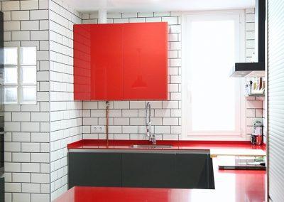 Línea 3 Cocinas Encimera Roja