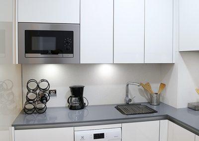 Línea 3 Cocinas Blanca Gran Capacidad de Almacenaje