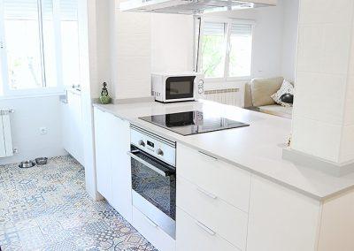 Línea 3 Cocinas Blanca Isla