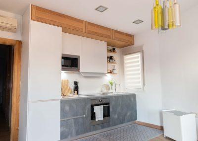 cocina_moderna_abierta_salon_un_solo_frente_1
