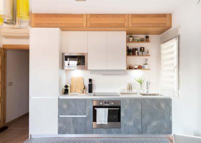 cocina_moderna_abierta_salon_un_solo_frente_2