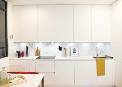 cocina_blanca_moderna_encimera_dekton_1