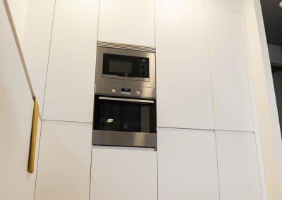 cocina_blanca_moderna_encimera_dekton_2