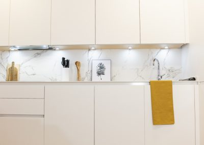 cocina_blanca_moderna_encimera_dekton_4