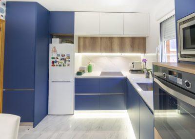cocina azul distribucion en L_3