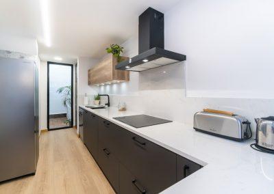 cocina moderna en L con peninsula (3)