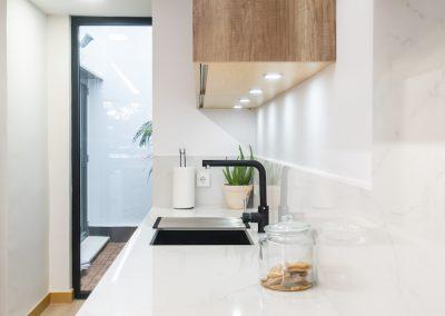 cocina moderna en L con peninsula (6)