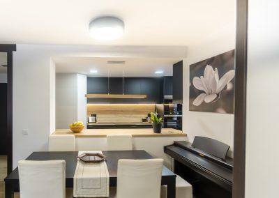 cocina_negra_pasillo_0-2
